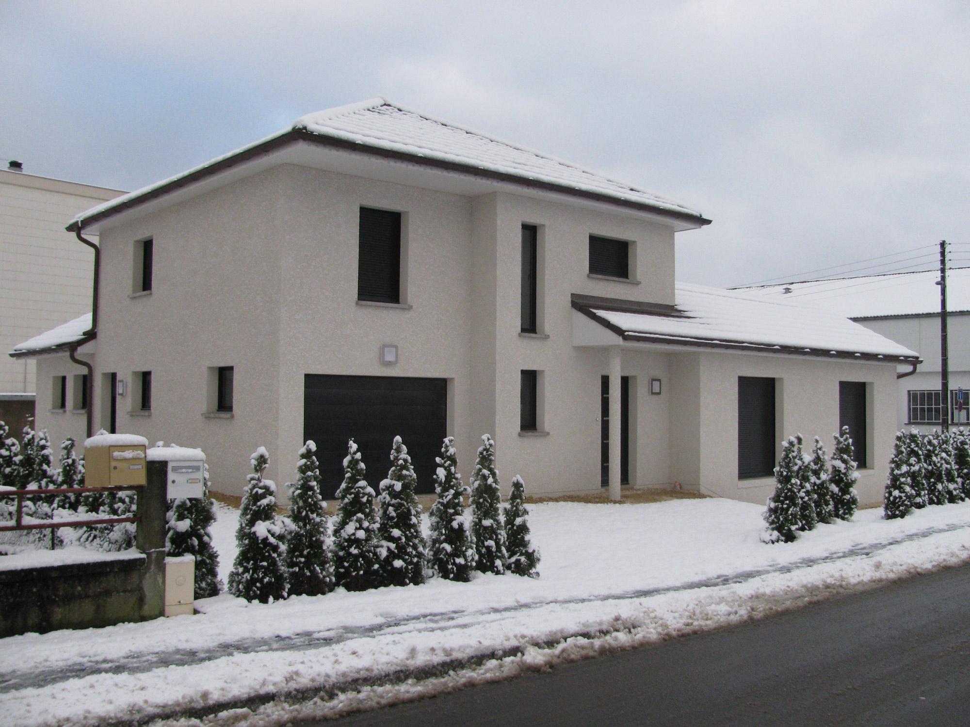 Constructeur maison individuelle sur mesure doubs baume for Maison construction